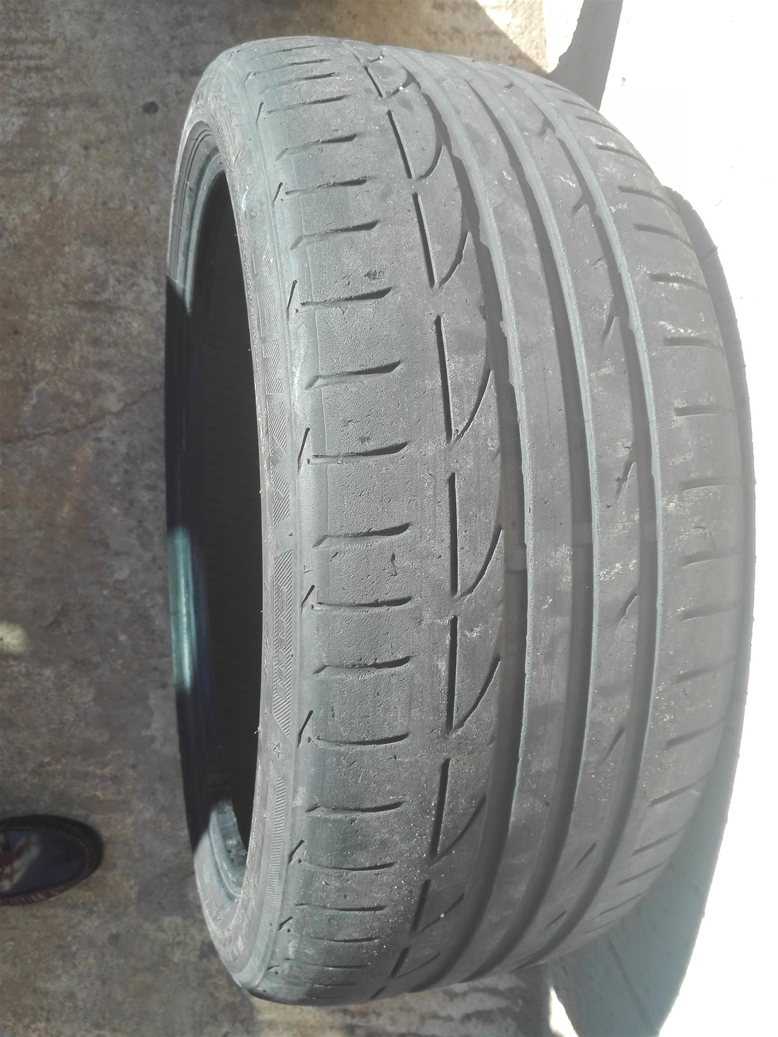 "Bridgestone 19"" run flat"