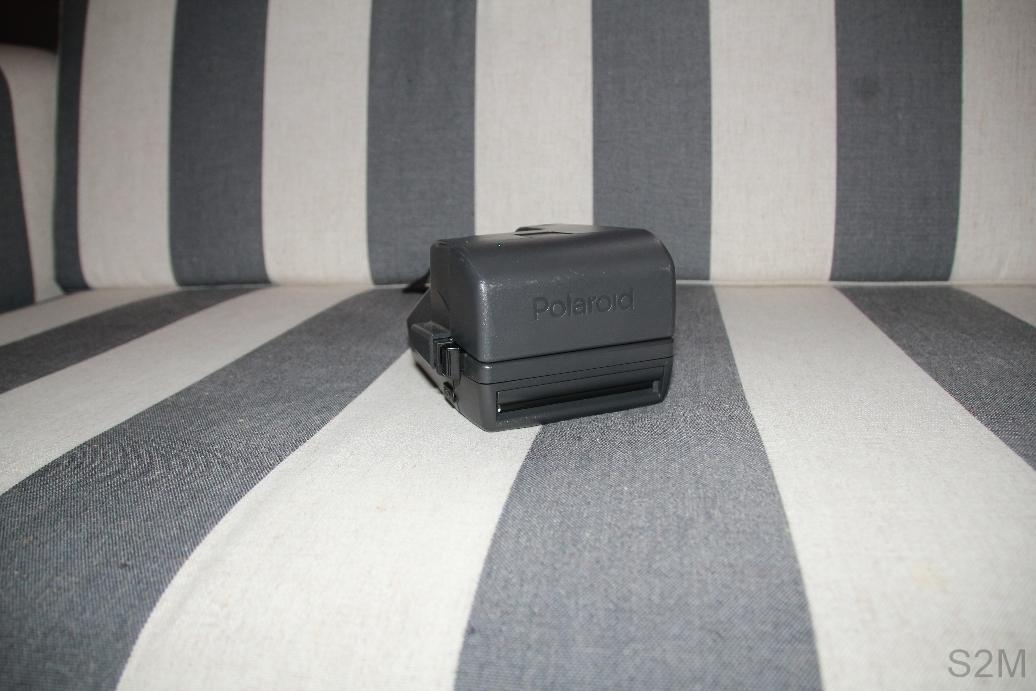 Polaroid 636 Closeup instant film camera.