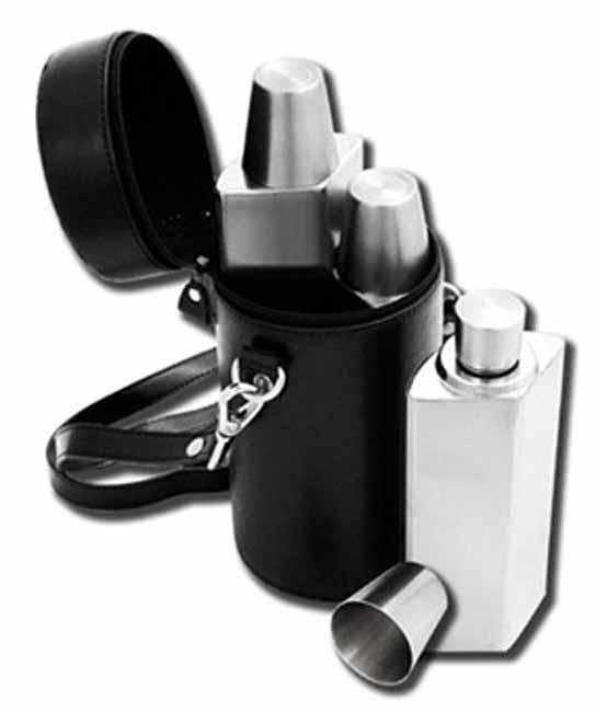 Matt stainlesss set of 3 traveling hip flasks!! On Promotion!!!