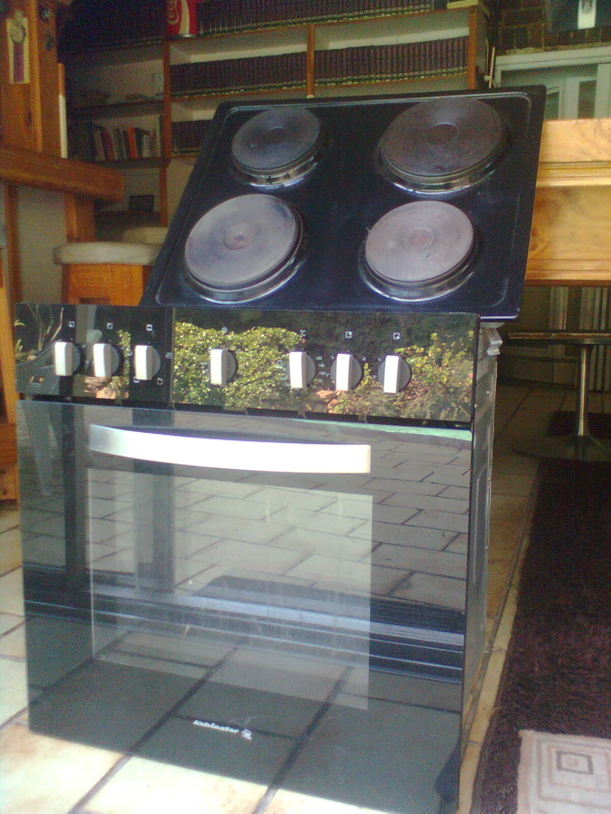 All makes and models of stoves and ovens repaired.