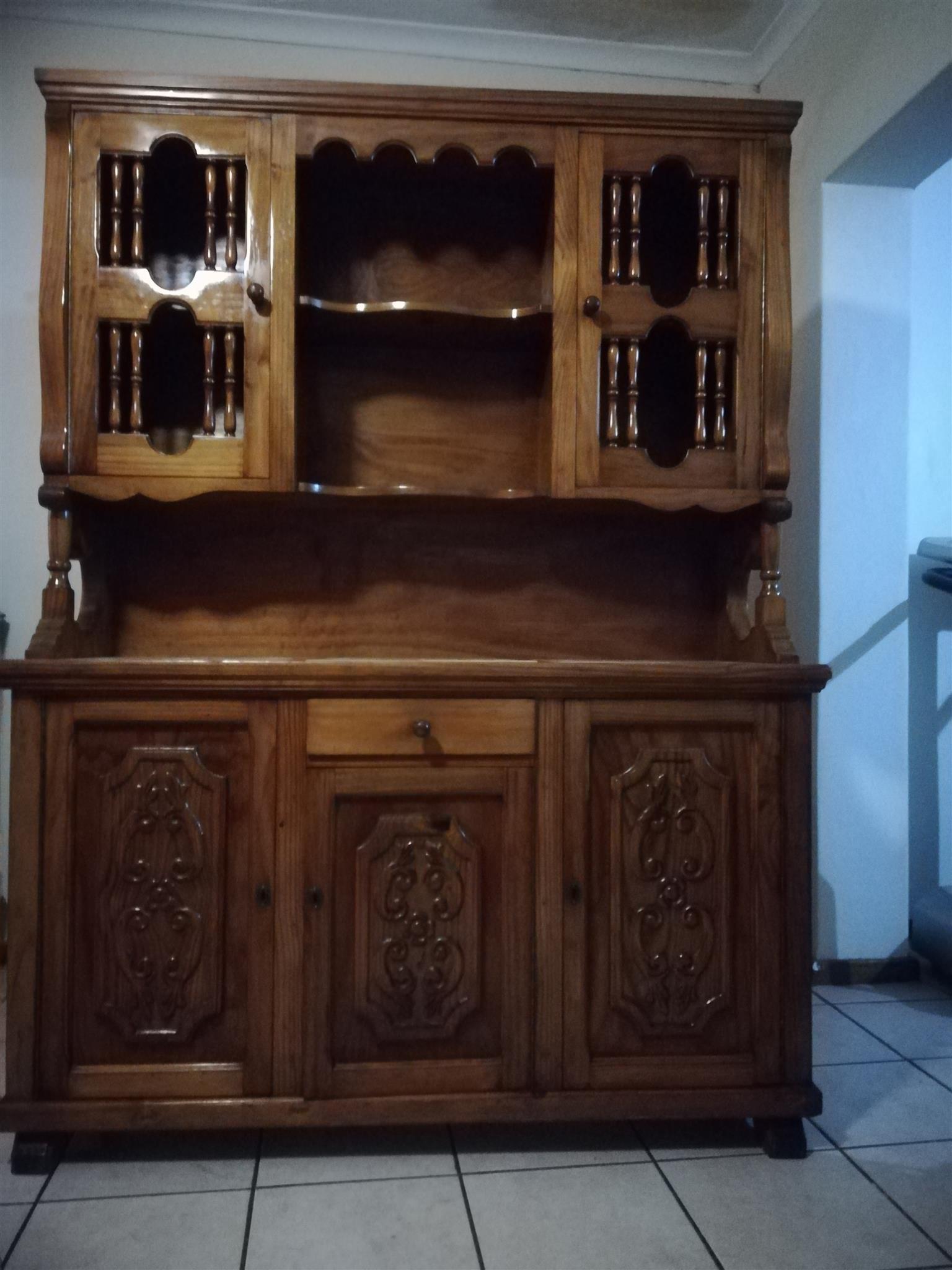 Solid wood sideboard / buffet