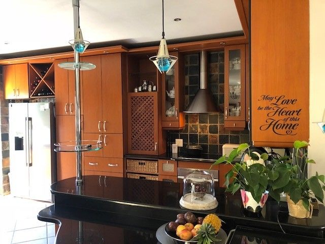 Exclusive 4 Bedroom house to let in Van Riebeeckshof
