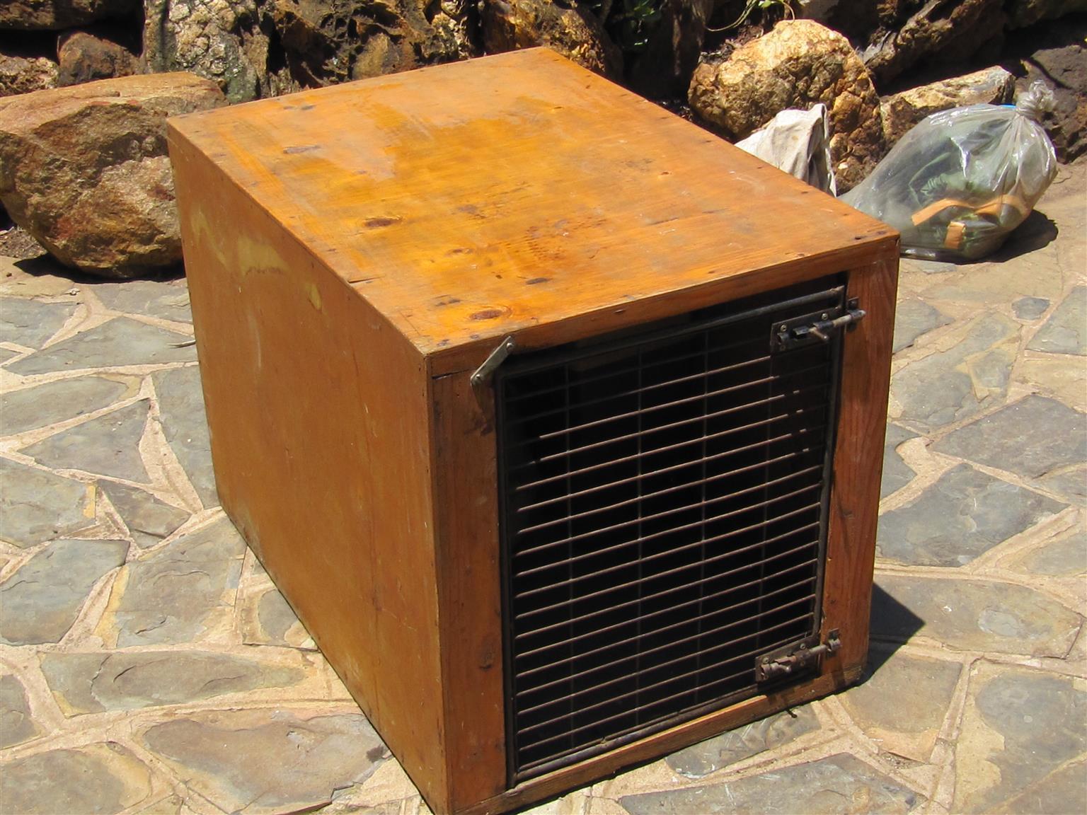 DOG TRAVEL BOX. Marine Ply. Waterproof & sturdy. 2 pcs