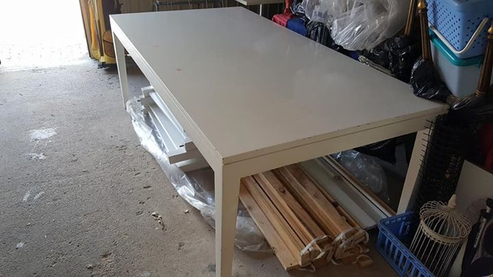 White dining table 2.1m x 1.1m
