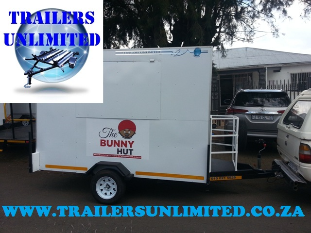 CATERING FOOD BUNNY HUT CARAVAN