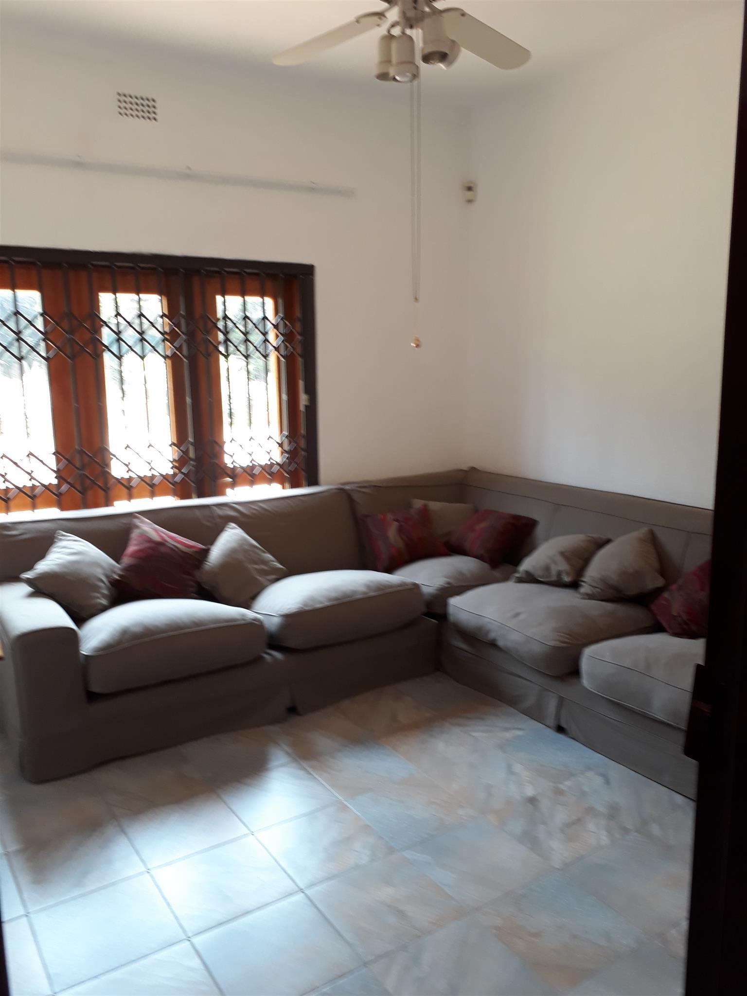 L-Shaped Lounge Suite