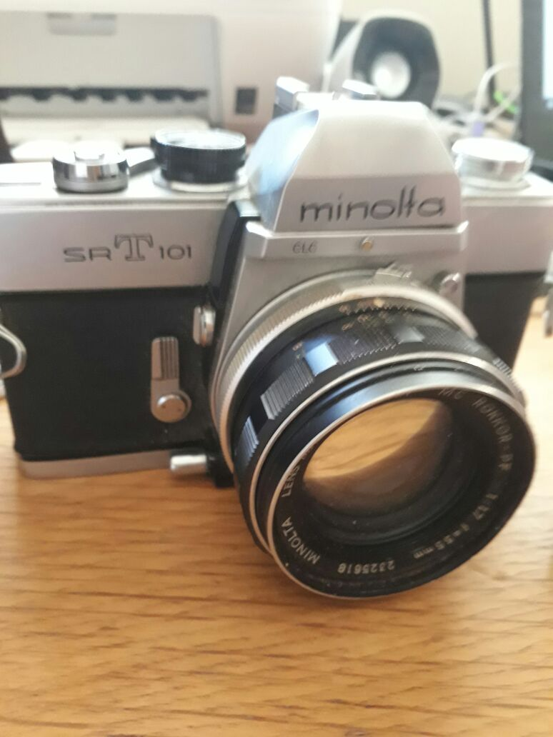 Minolta SRT101 + Lens