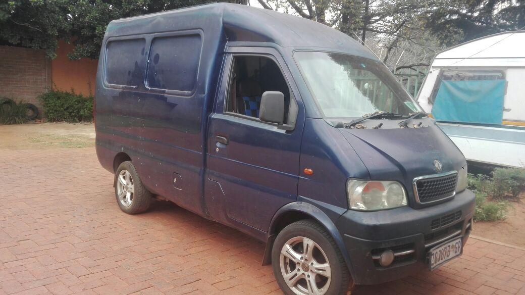 2010 DFM Panel Van