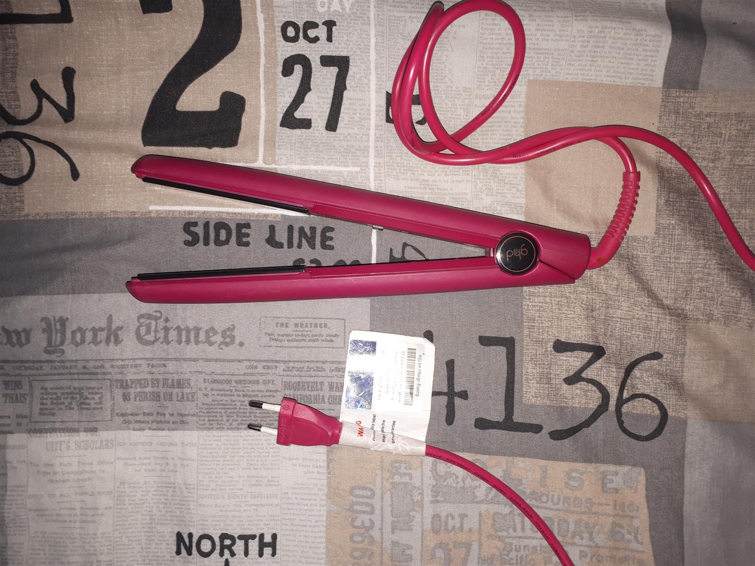 GHD  hairstraightner