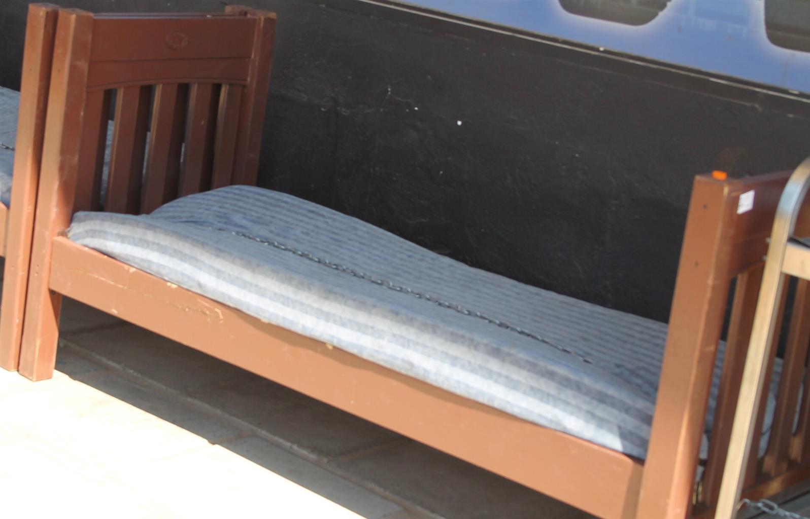 Single bed S028575c  #Rosettenvillepawnshop