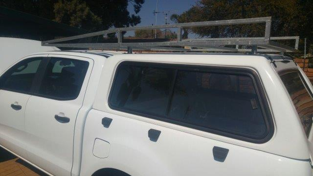Roof rack galvanized came from a Ford Ranger Double cab (can fit on any Bakkie)