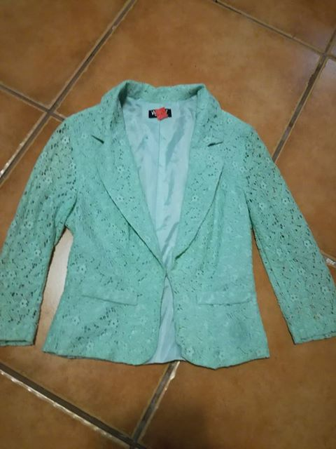 Lace jacket for ladies. Lined. Size 32