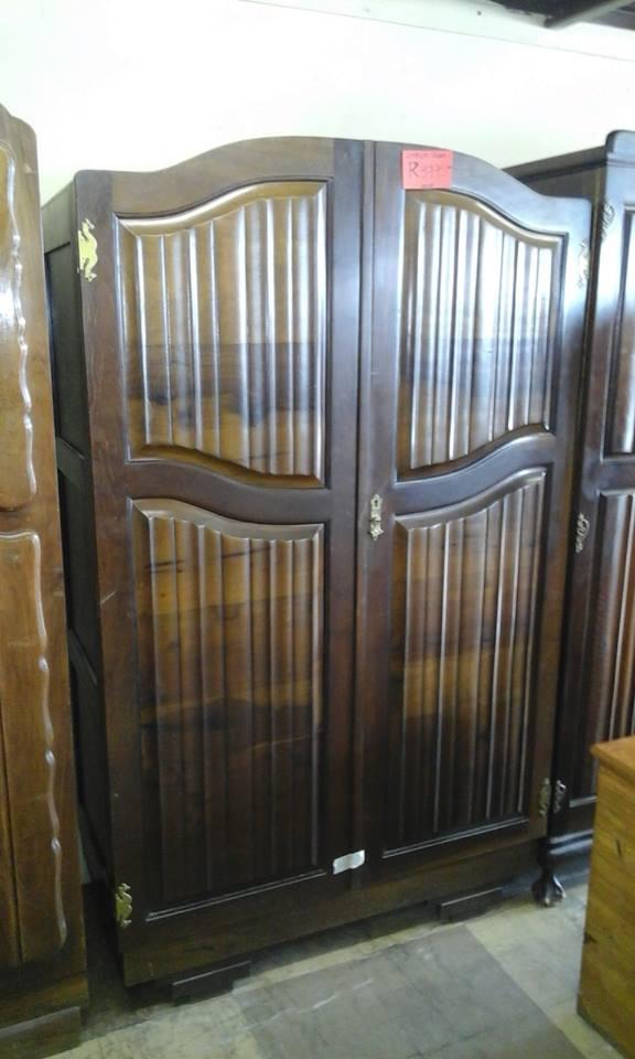 Antique wooden 2 door closet