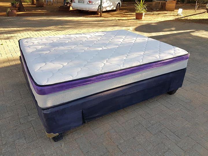 Nuwe Queensize Sleepmasters Bed te Koop.