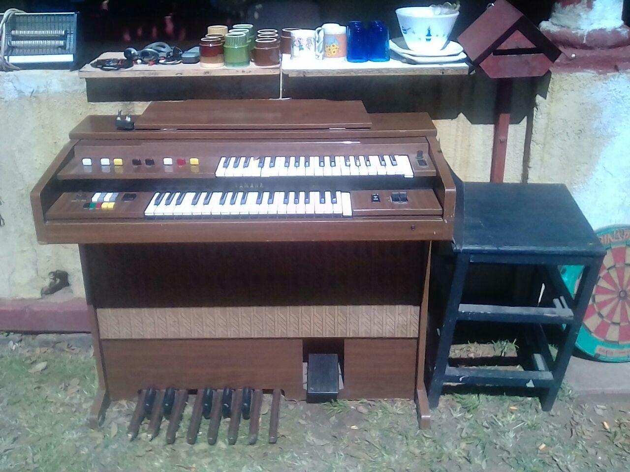Stunning Yamaha Piano for sale