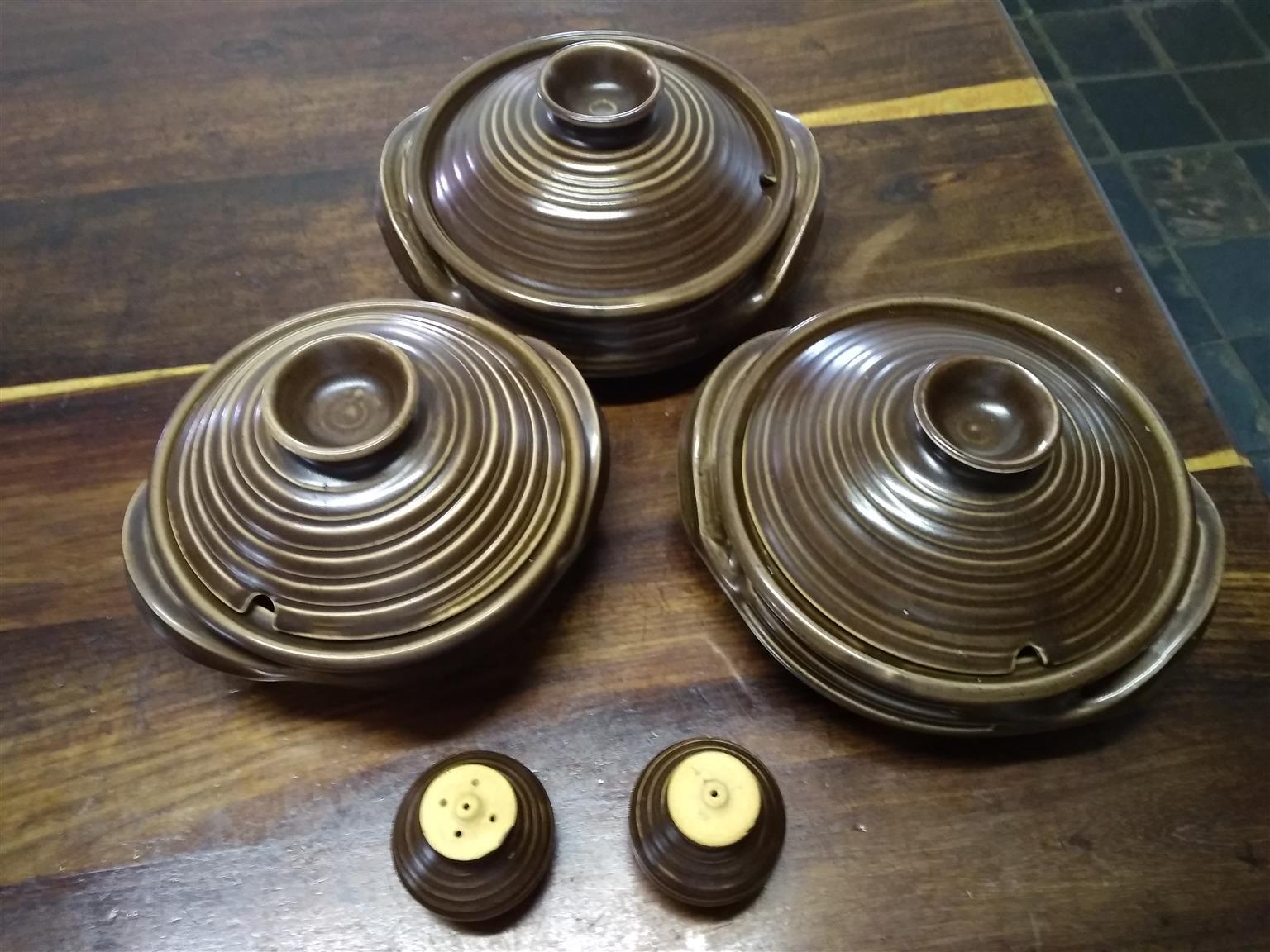 Vintage Clay Pot Set