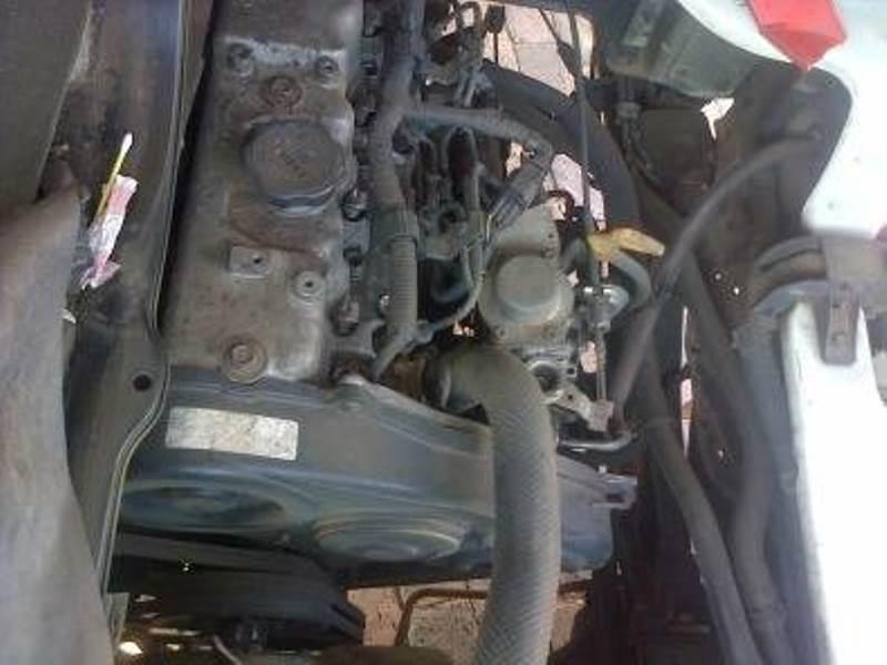 Hyundai H100 2.6 diesel Bakkie stripping for spare