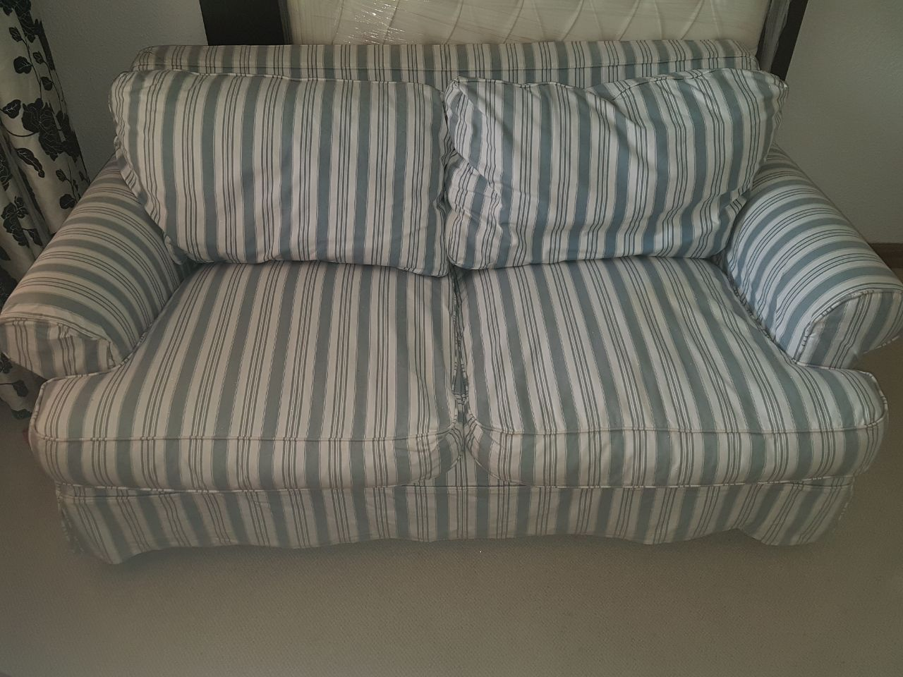 TWO SEATER COUCH - REMOVABLE COVER HARDLY USED