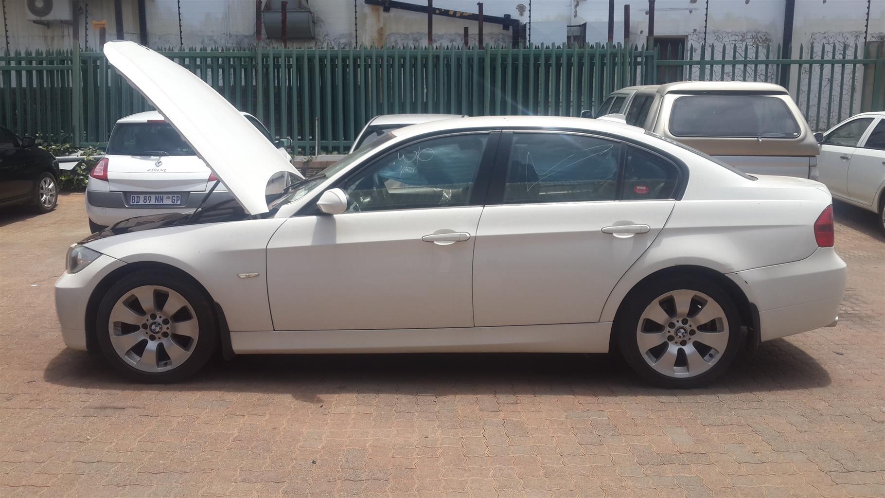 BMW E90 320I Stripping For Spares