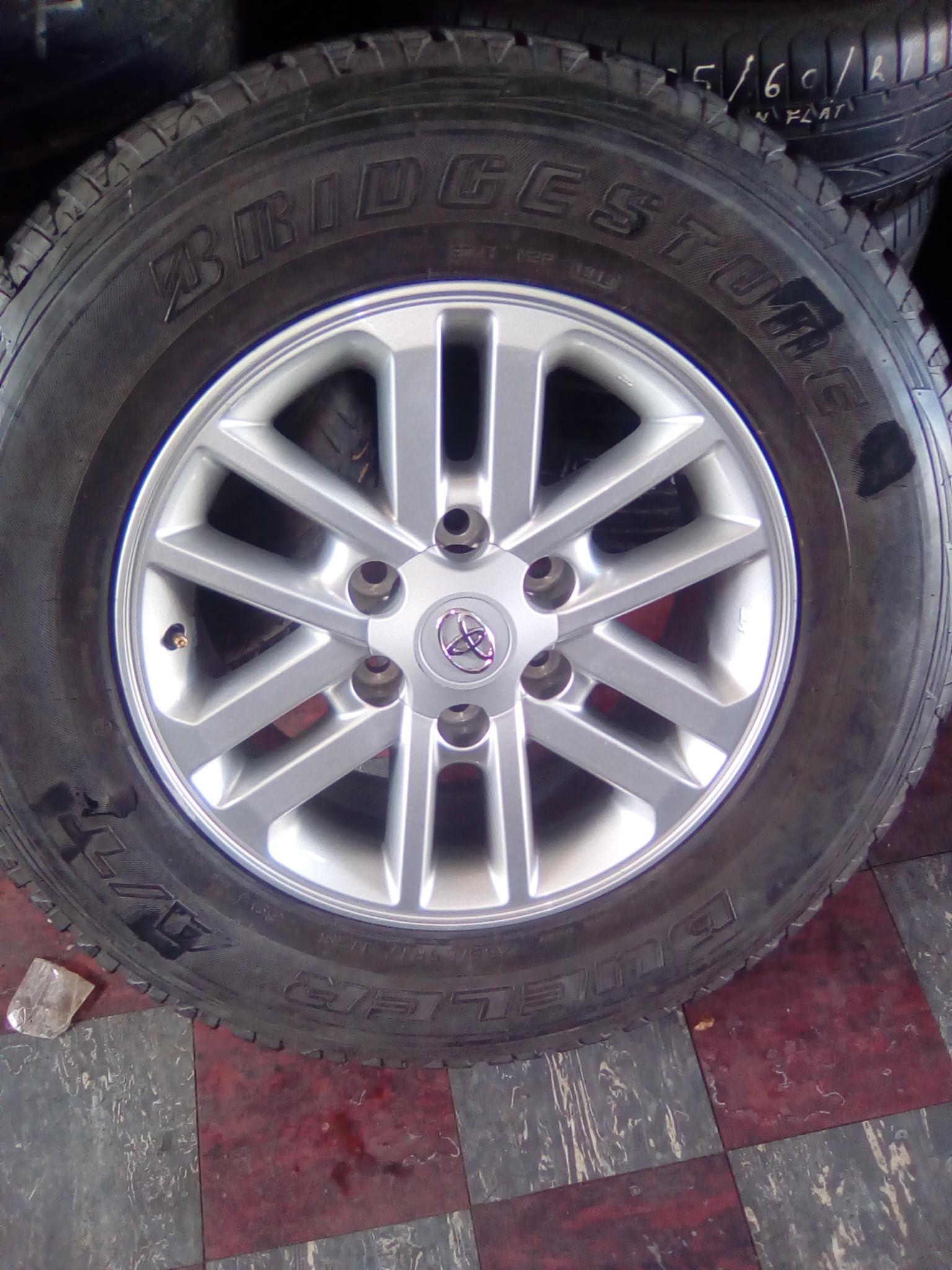 Bridgestone tyre and rim
