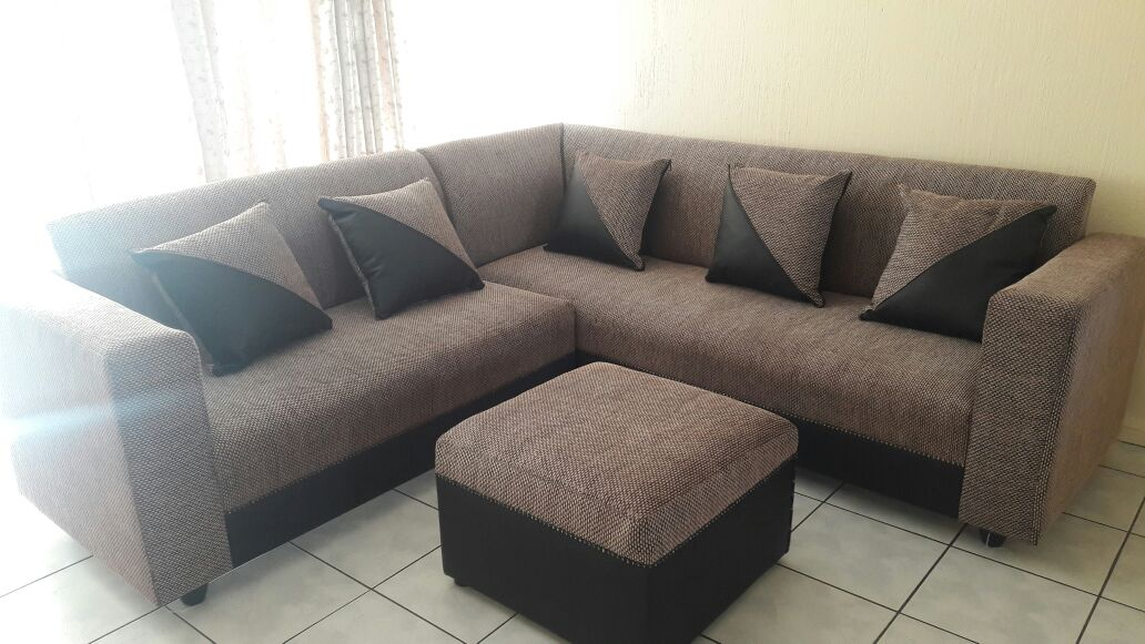 5 Seater corner couch