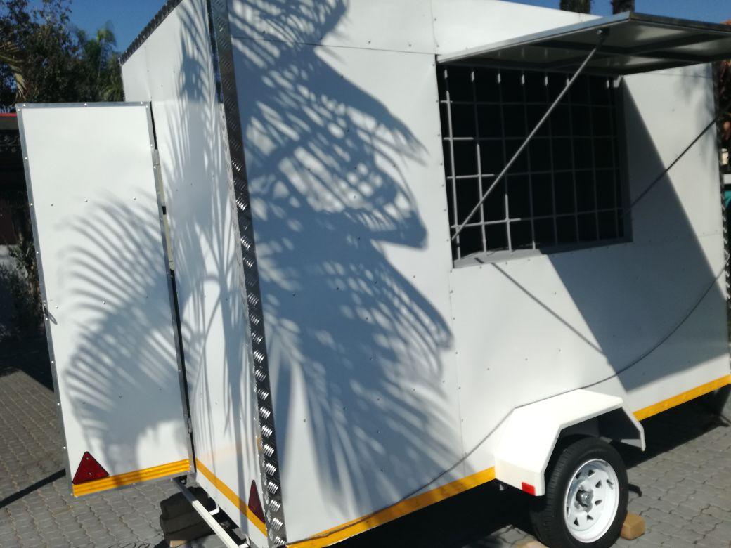 Food Trailer/Mobile Kitchen For Sale | Junk Mail
