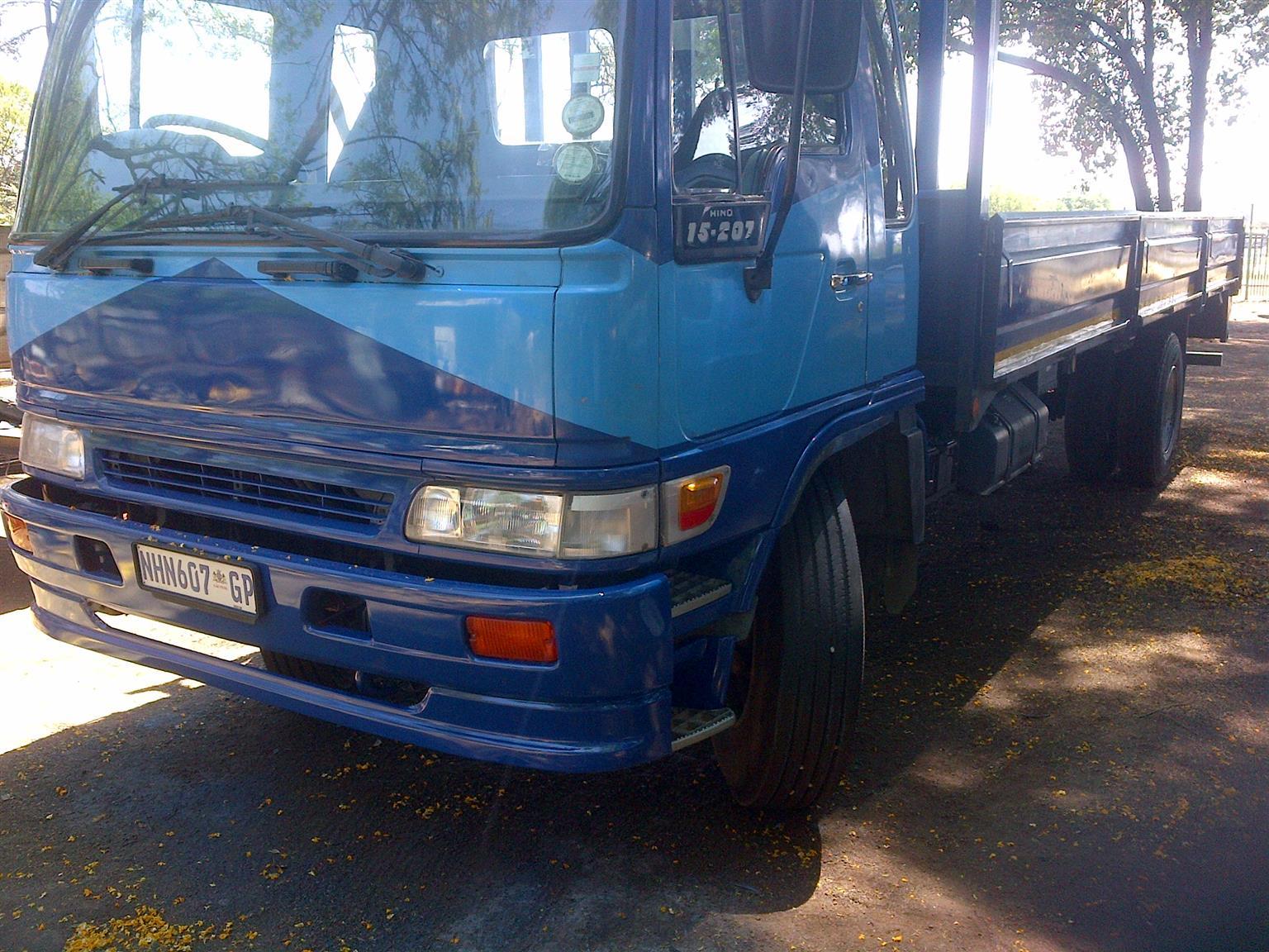 Hino 15-207 8ton dropside truck