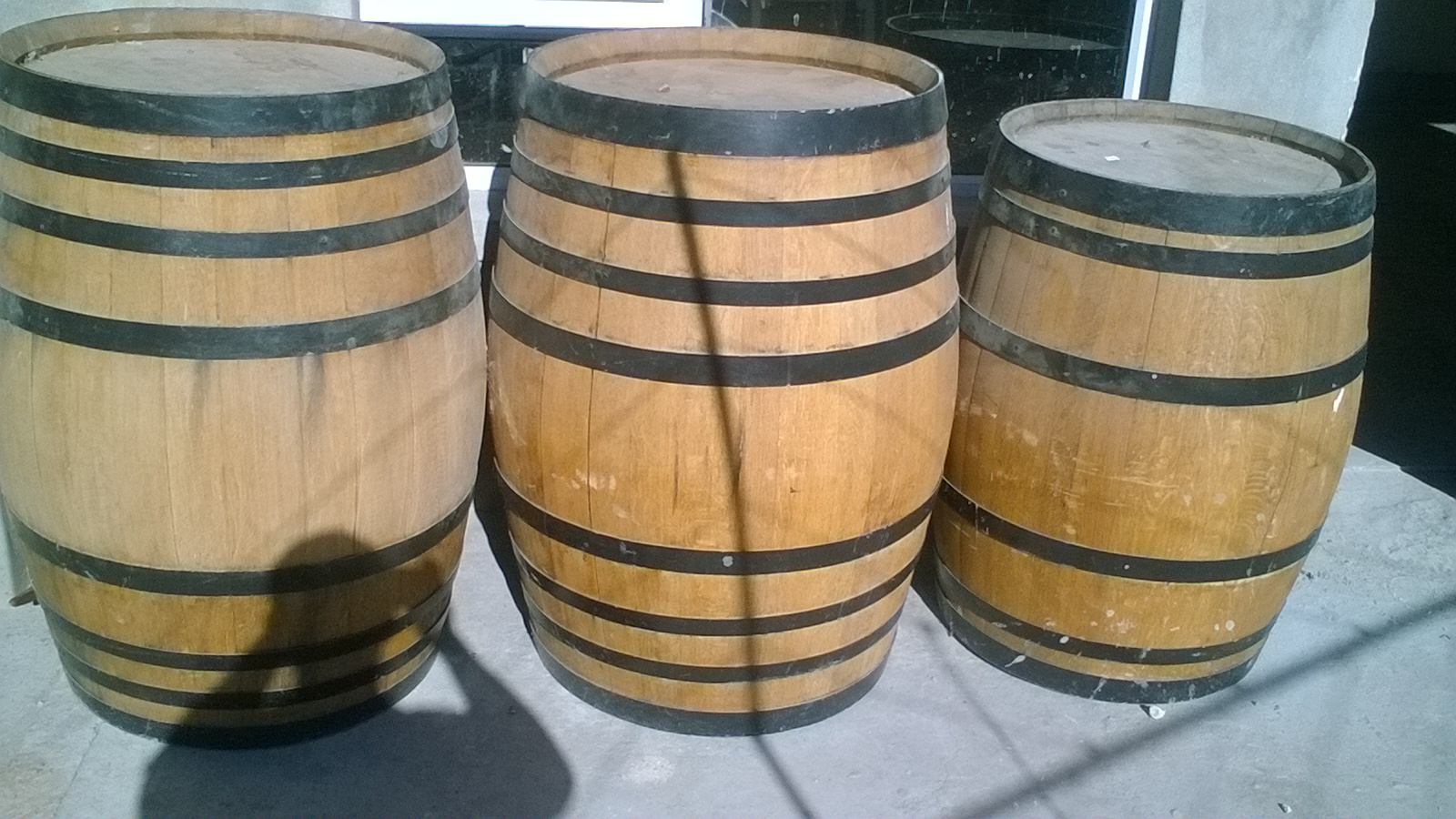 3 Wine Barrels and Table Sleeper
