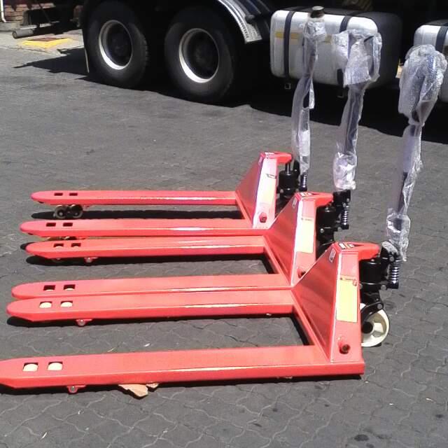 jacks pallet stacker trolleys