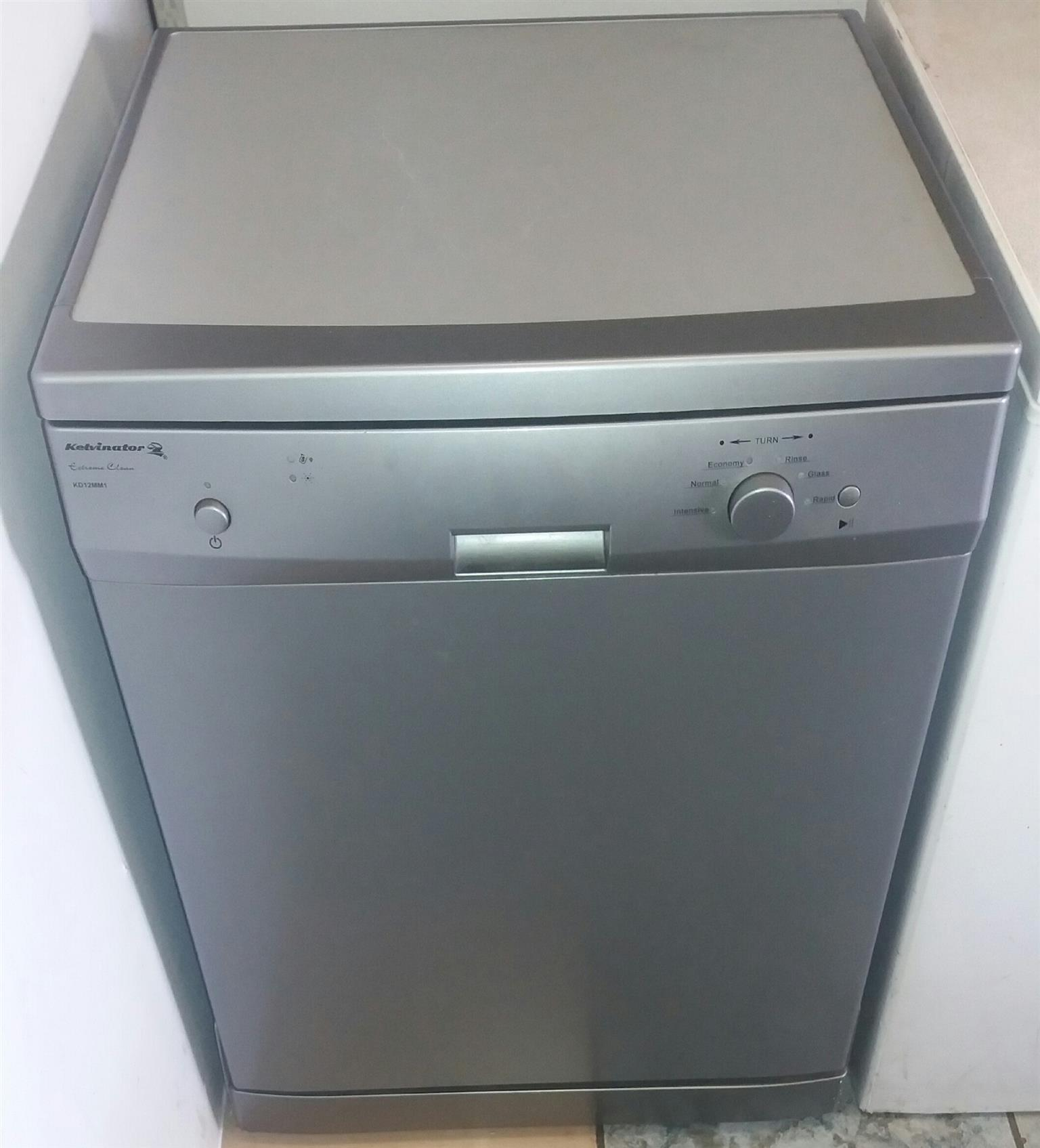 Kelvinator Dishwasher KD12MM1 Silver in color in pristine working ...