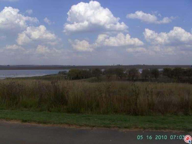900 m² Land available in Bronkhorstbaai