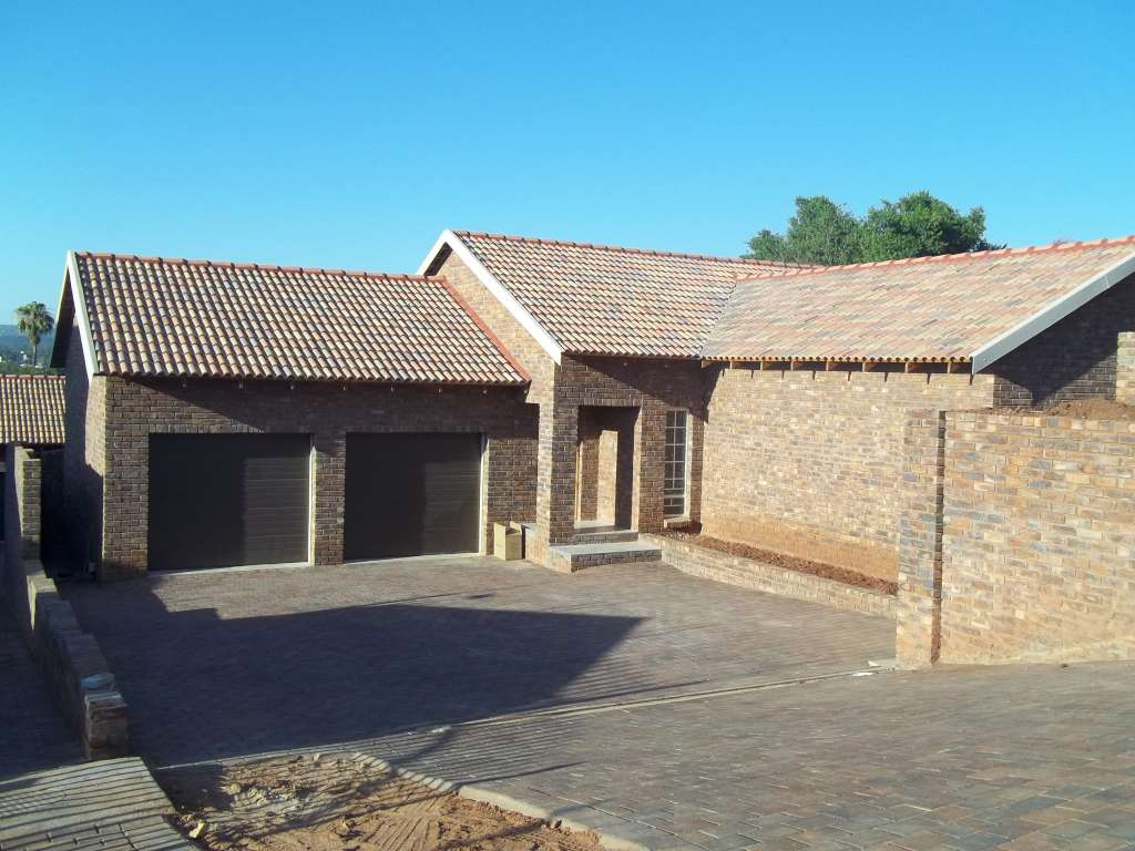 New 3 Bedroom Free Standing House