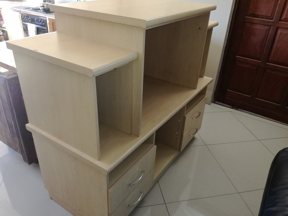 Selling tv unit