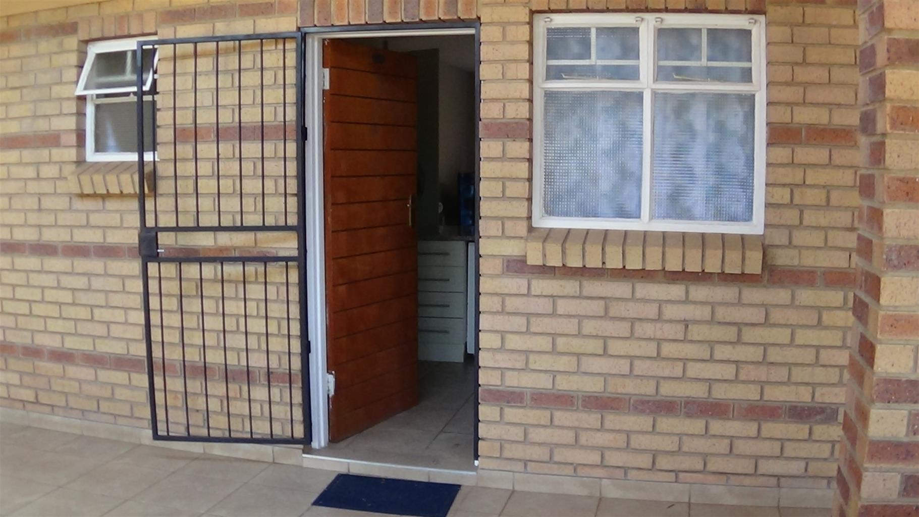1 Bedroom Ground Floor Apartment – Montana R 590 000