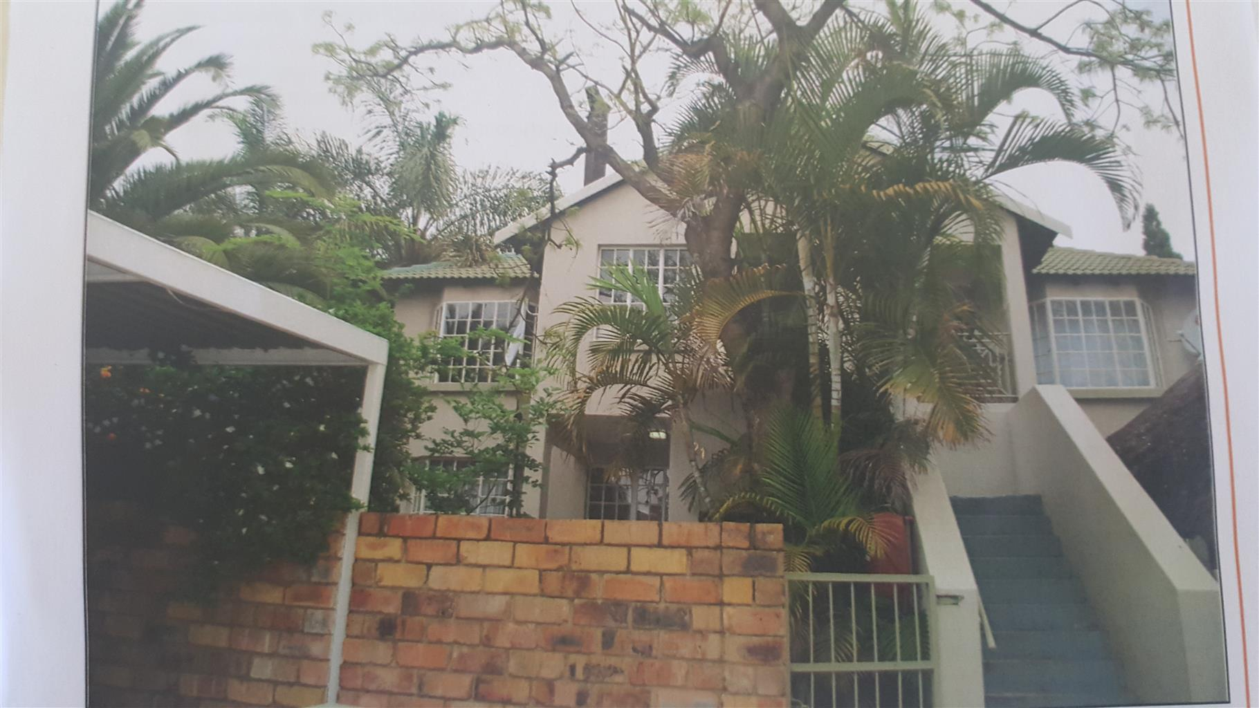 Spacious and newly renovated apartment, in a well maintained / secured complex - Wapadrand , Pta East