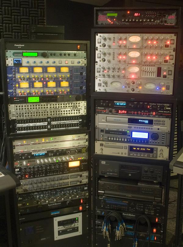 .Recording studio for sale R 100 000