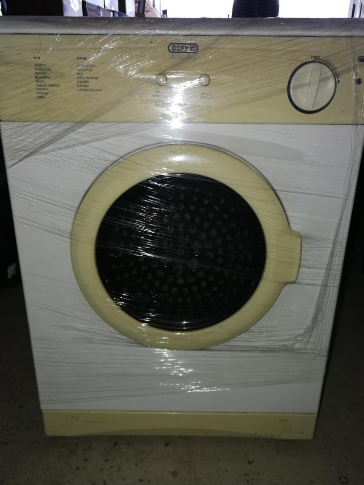 Defy tumble dryer Model DTD252