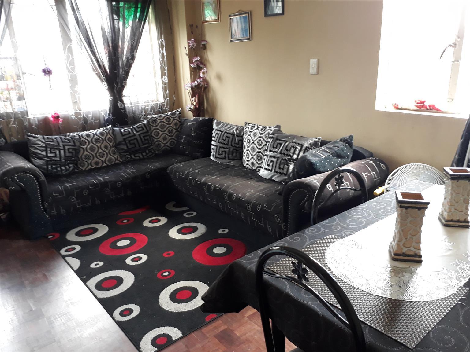 2 BEDROOM APARTMENT FOR SALE IN OVERPORT
