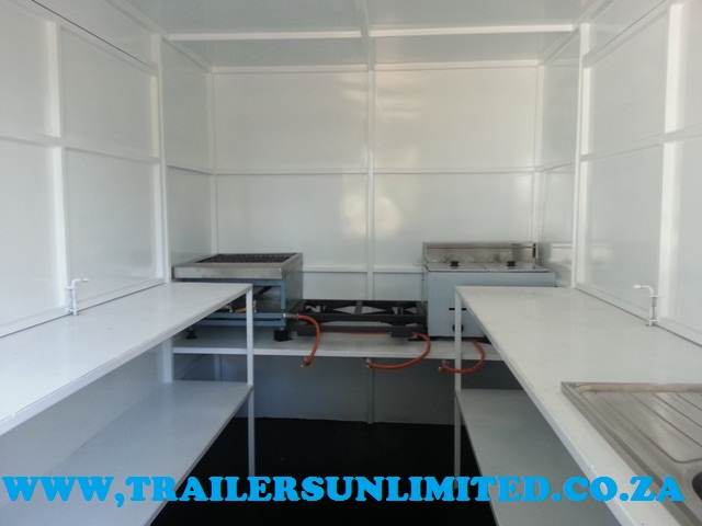4500 x 2000 x 2100mm MOBILE KITCHEN.