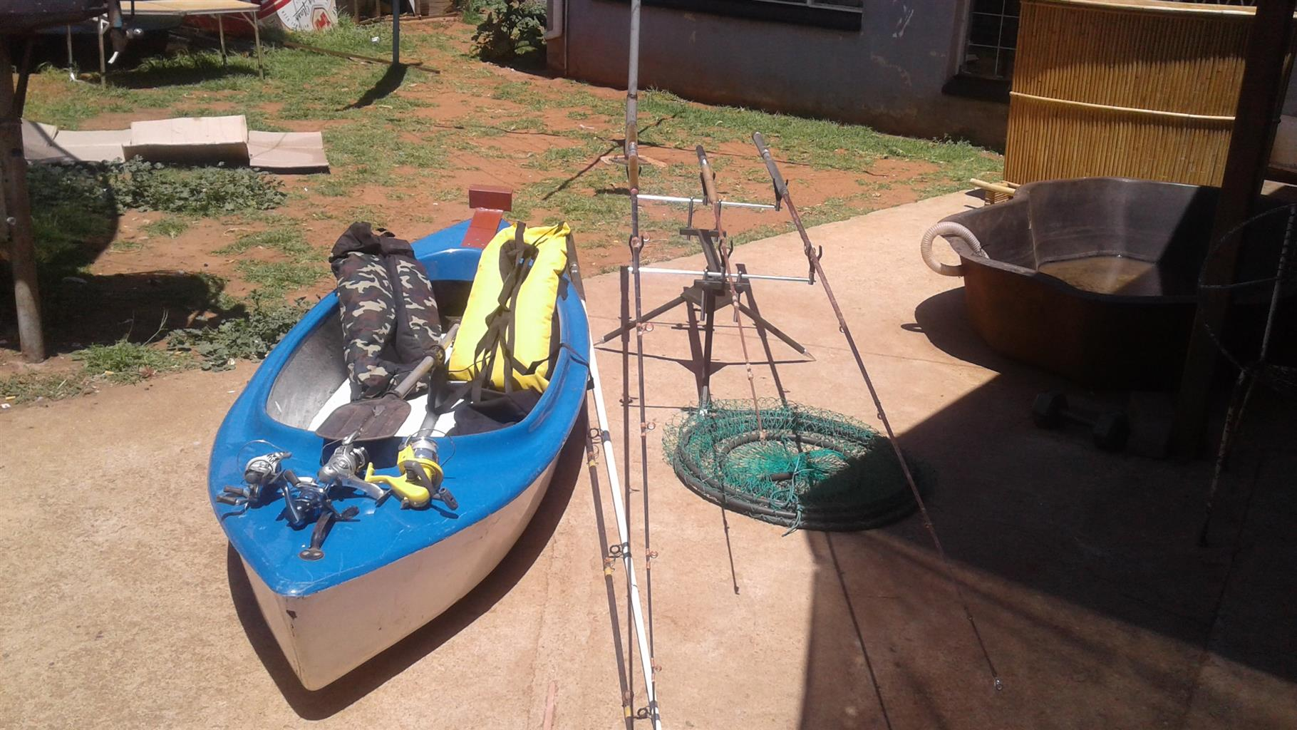 URGENT SALE - Canoe plus life jackets and lots extra