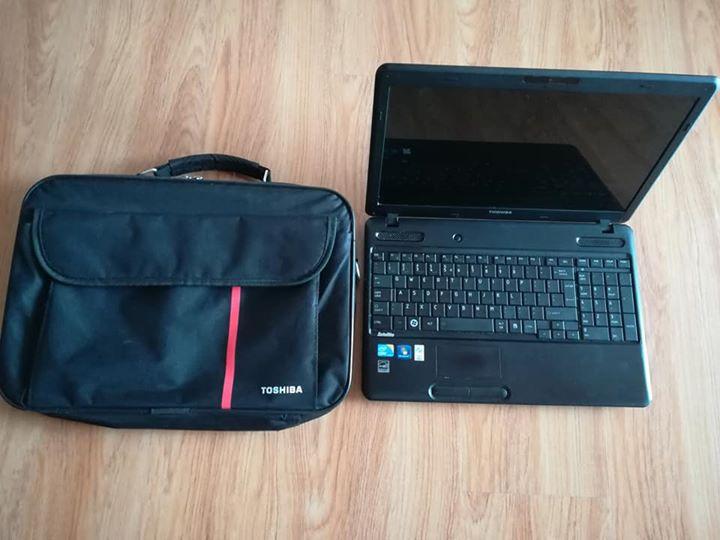 Toshiba Laptop i3