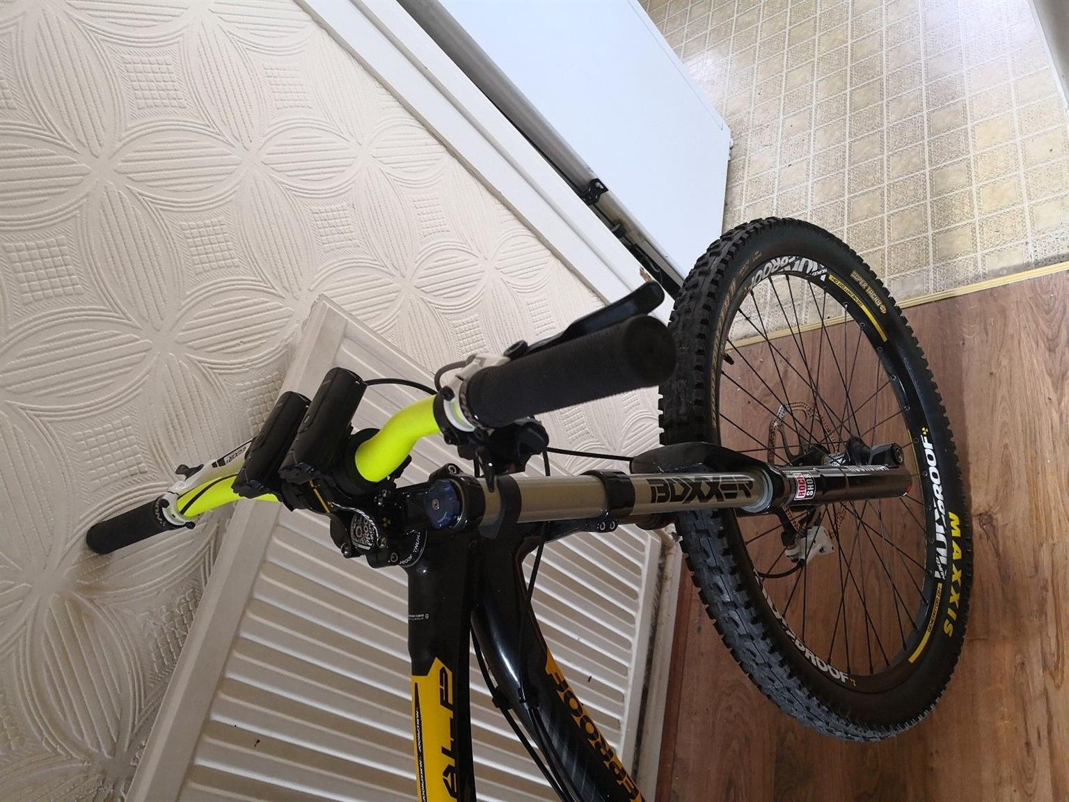 Large frame Front and rear suspension Downhill mountain bike for sale