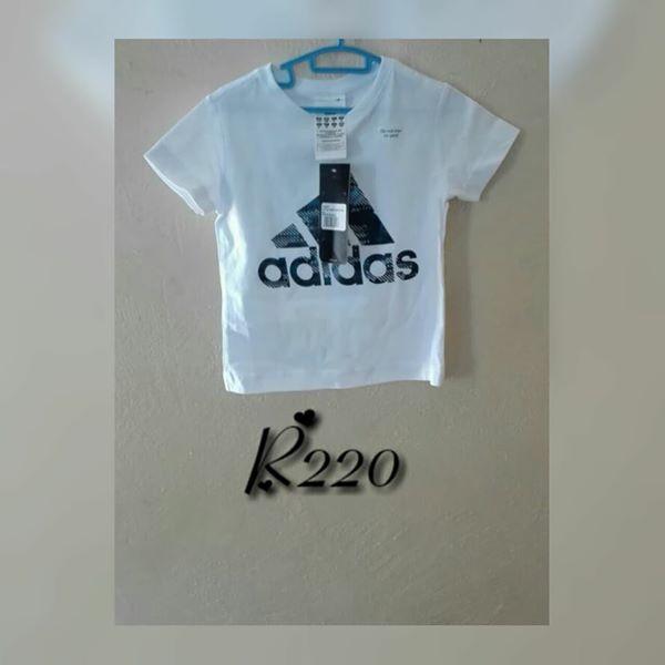 6b4fa476b6e3 Kiddies white Adidas shirt