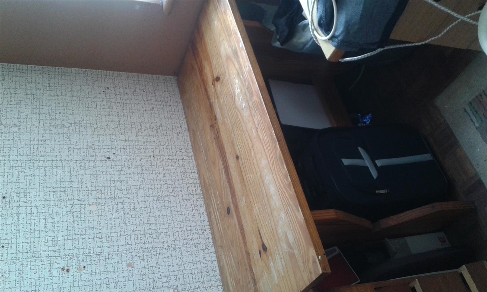 Table and 2 bunks for sale.Measurements 120 cm by 60 cm .Height 77 cm
