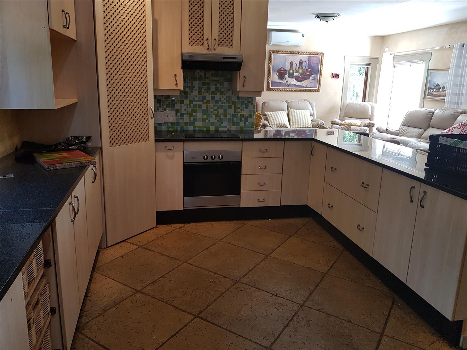 Secondhand Kitchens