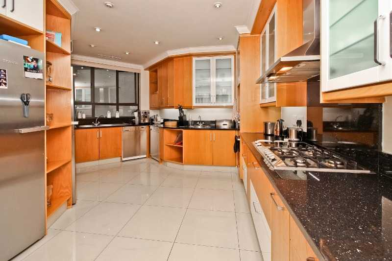 URGENT SALE/RENT - OWNER EMIGRATING 19TH MARCH - I DO NOT WANT AGENTS OFFERING THEIR SERVICES - i WANT A BUYER!!!