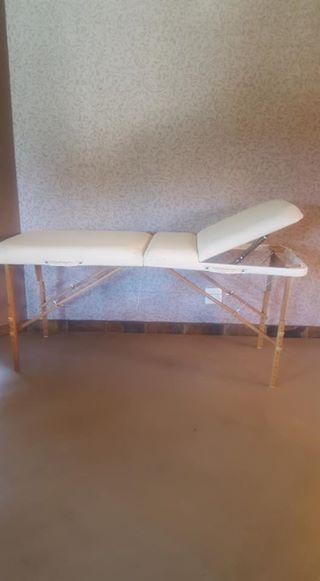 2 x Massage tables