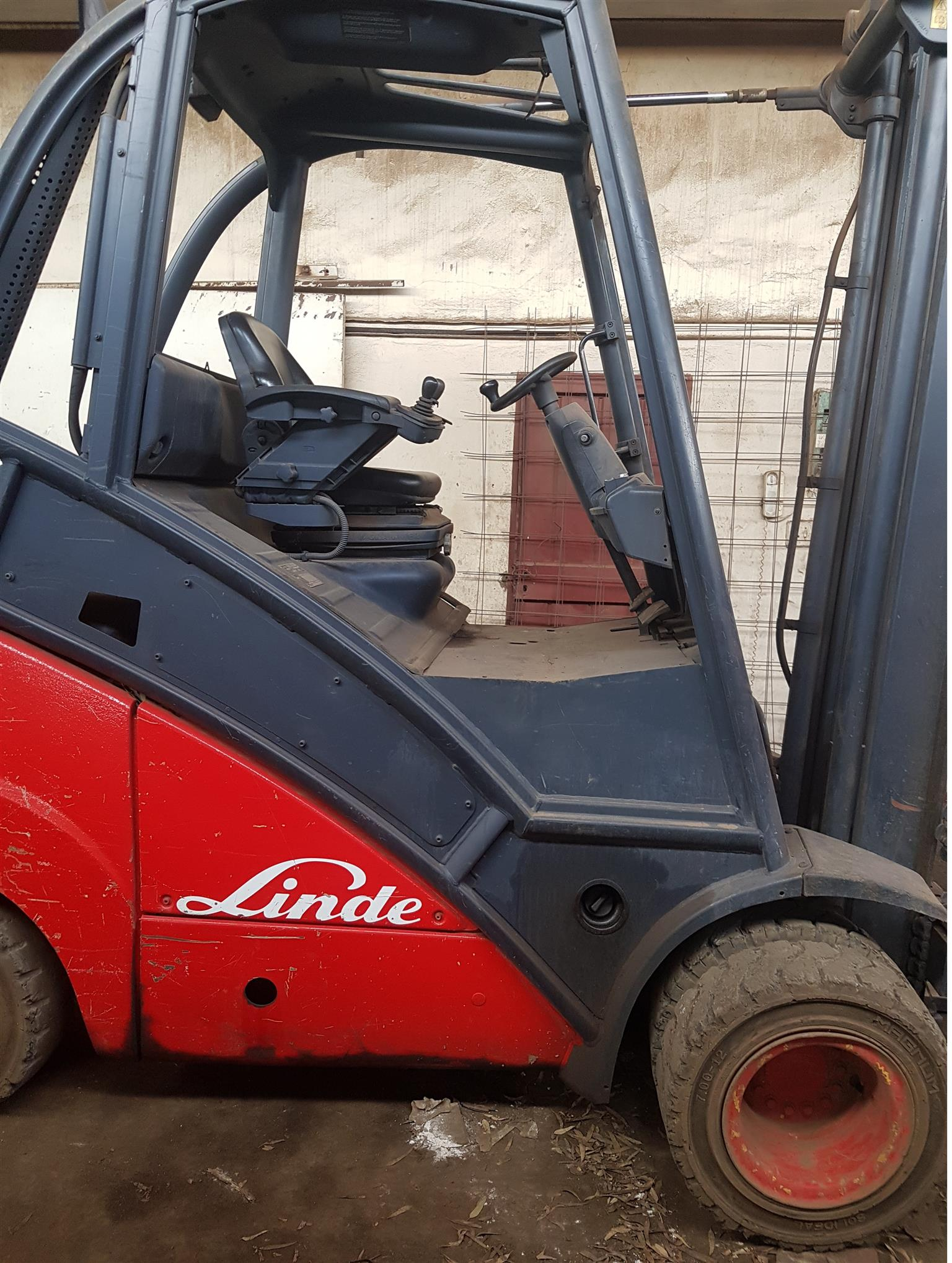 Linde 3 ton diesel fork lift