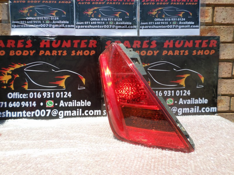 Nissan Murano Tail light for sale