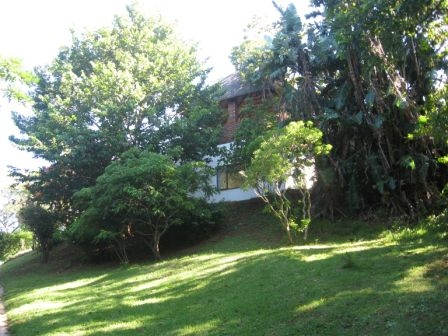 DUTCH GABLE OOZING WITH CHARM AND POTENTIAL – 4 BEDROOM HOUSE FOR SALE PLUS COMPLETELY SEPARATE 1 BEDROOM COTTAGE R990000 - FULLY TENANTED